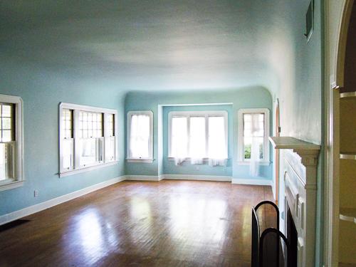 Livingroomlongwindowsmay2010 (1 of 1)
