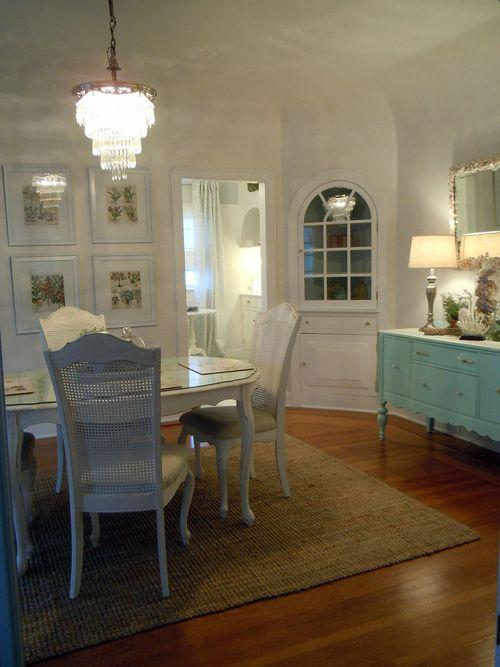 Dinningroom2011 017small