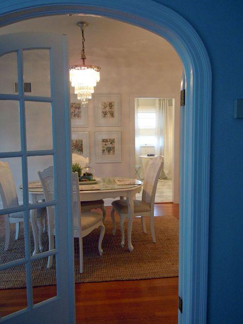 Dinningroom2011 011small