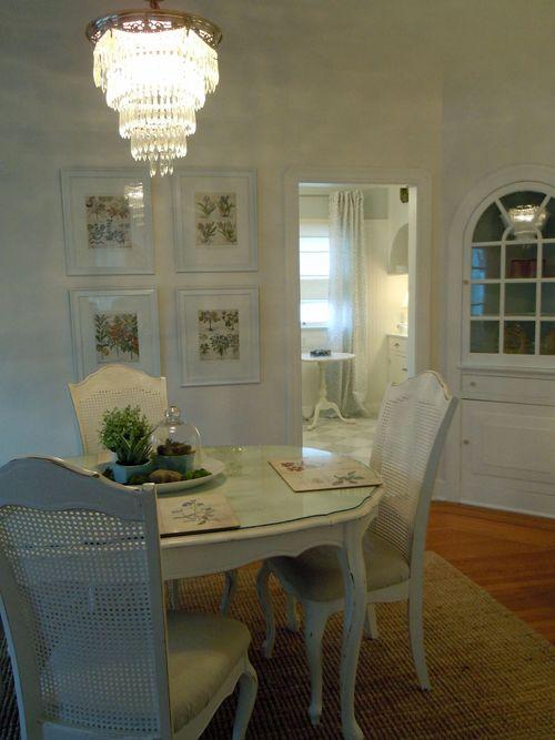 Dinningroom2011 004small