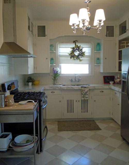 Kitchenandchairs 010small