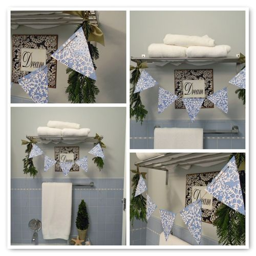 Cottagechristmasbathroom