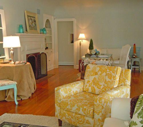 Birthdaylivingroom 035small