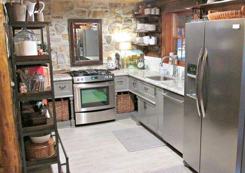 Cabin kitchen 170