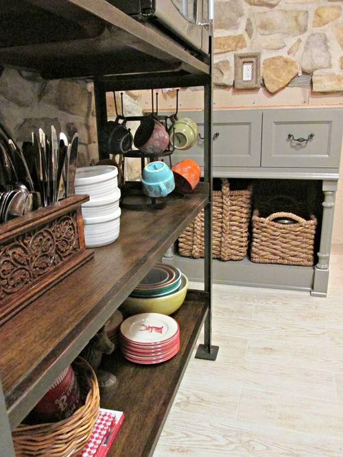 Cabin kitchen baskets