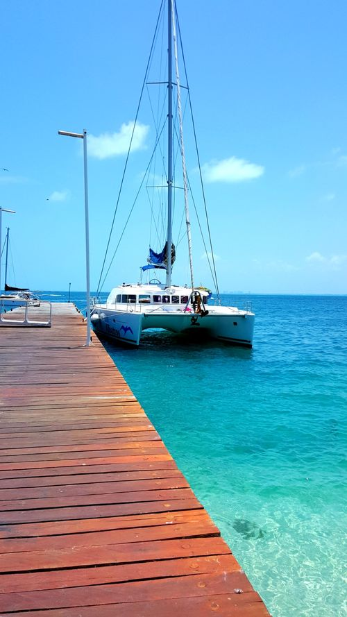Isla mujeres boat dock Cancun