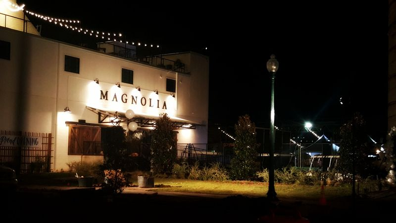 Magnolia- shop Thursday night