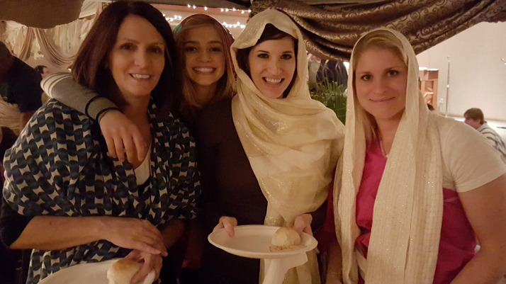 A night in Bethlehem- heidi and girls