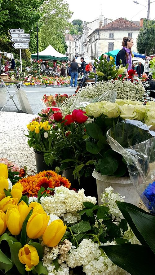 Academy france flowers market