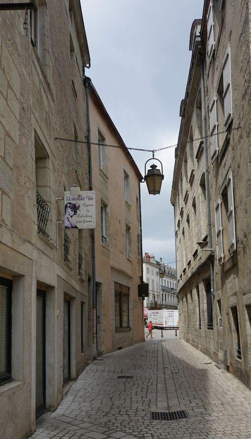 Academy france lantern 986
