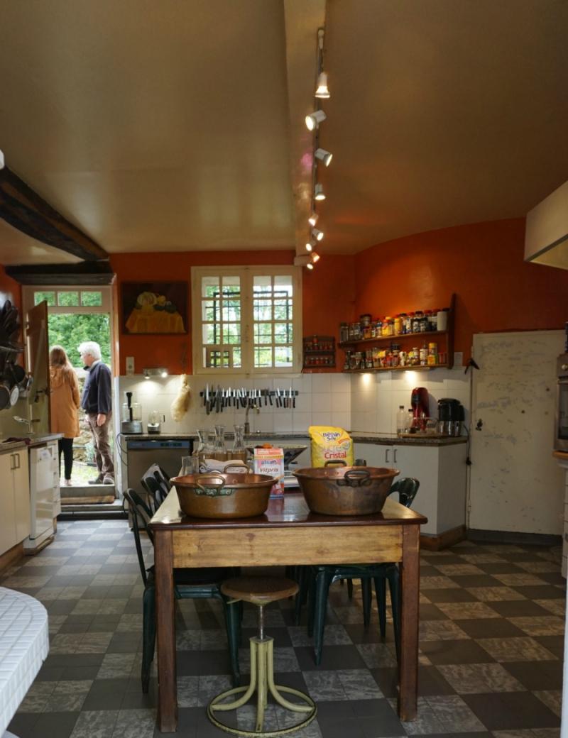Academy france kitchen