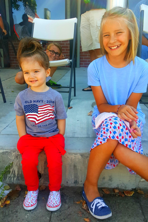 4th of July conner photo bomb