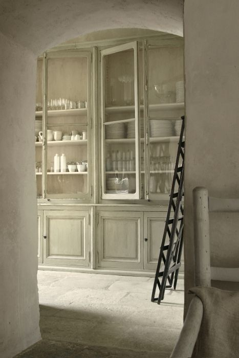 White kitchen 4