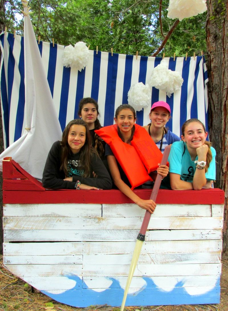YW Camp- Stay in the boat 8