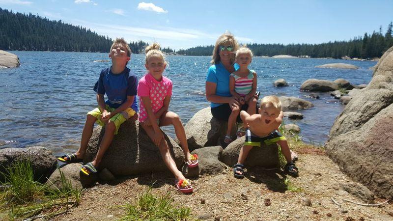 Cabin heidi lake me with kids 20150803_132935