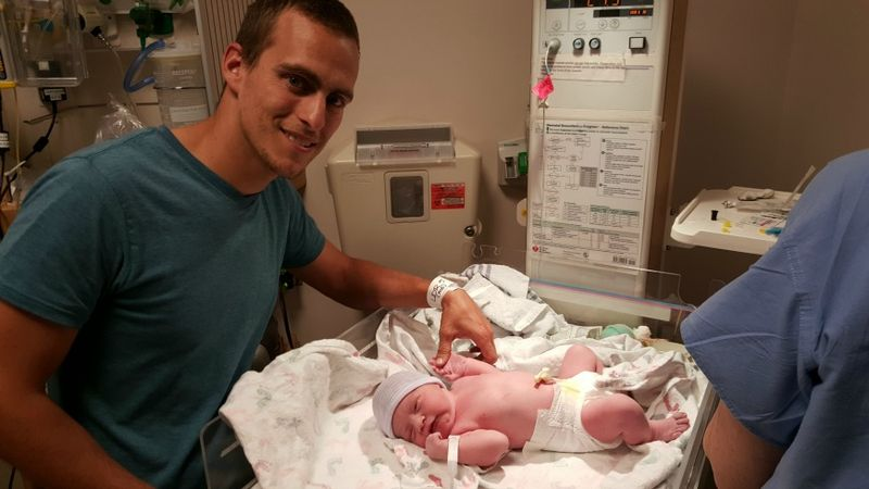 Lincoln first pic with Daddy