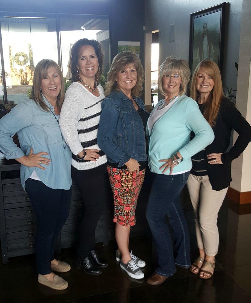 Magnolia trip- group at jills