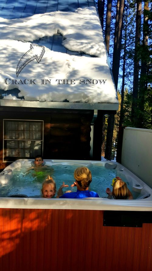 Cabin- 2016 hot tub