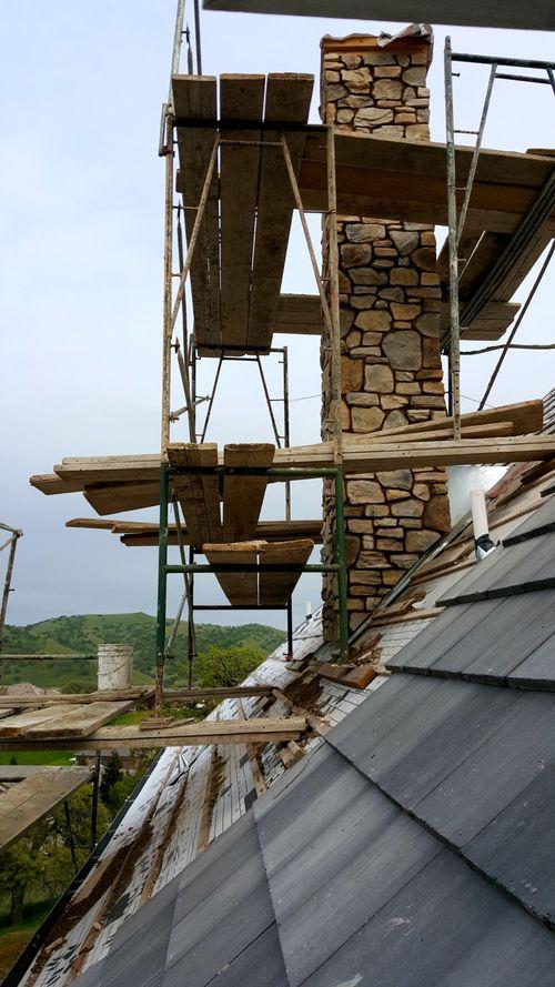Poppy hill - rock chimney