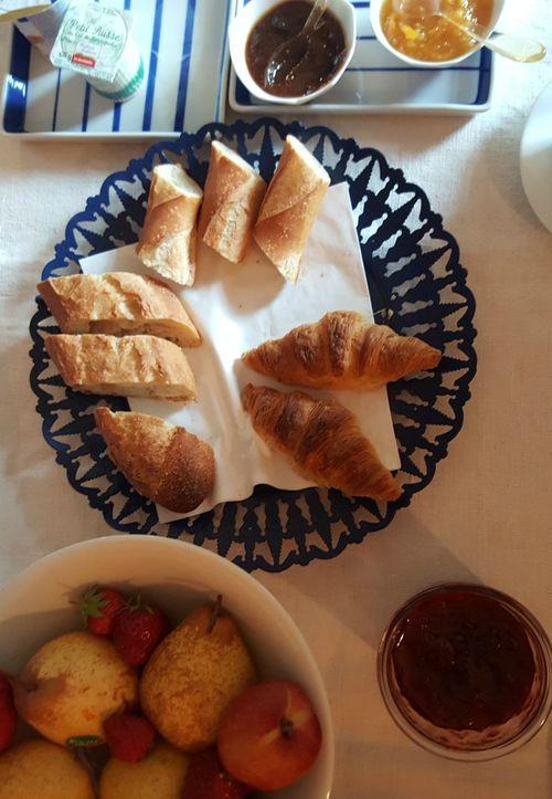 Academy france breakfast