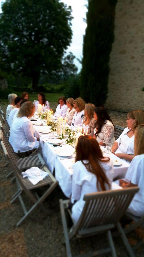 Academy france white dinner 2