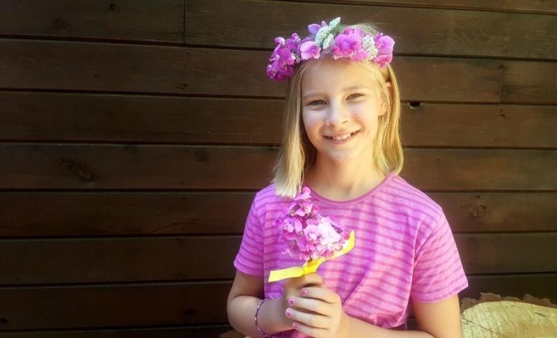 Shannon cabin anna flowers
