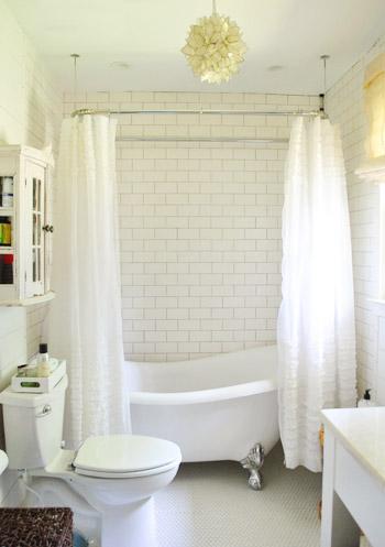 Claw foot tub Julie-21-Bathroom-Full