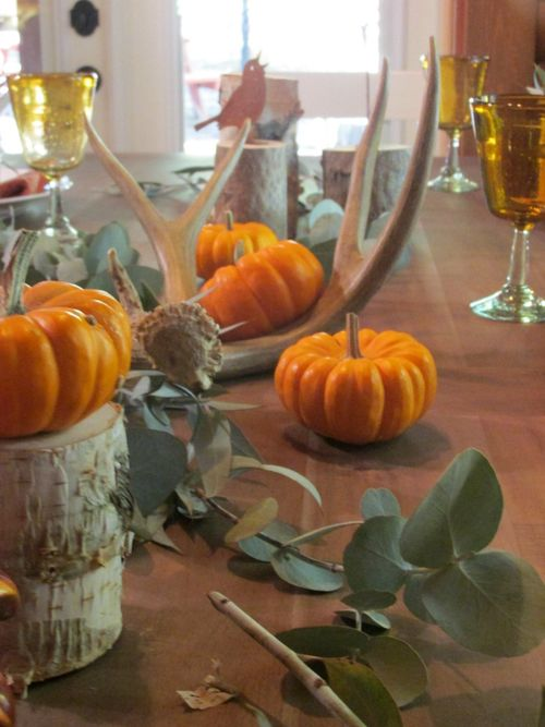Enchanted fall table antlers