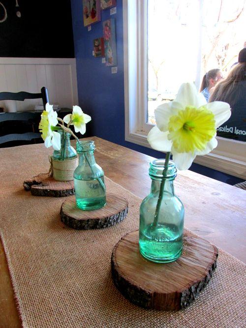 Daffodil wooden base