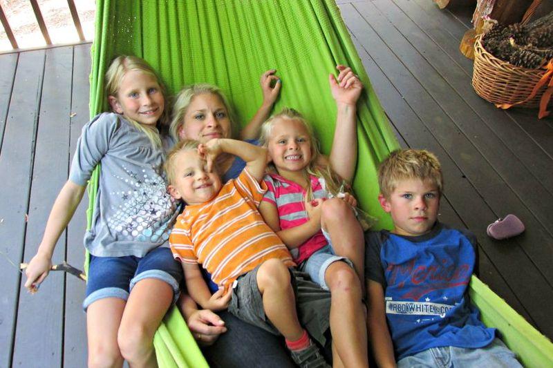 Cabin hammock kids