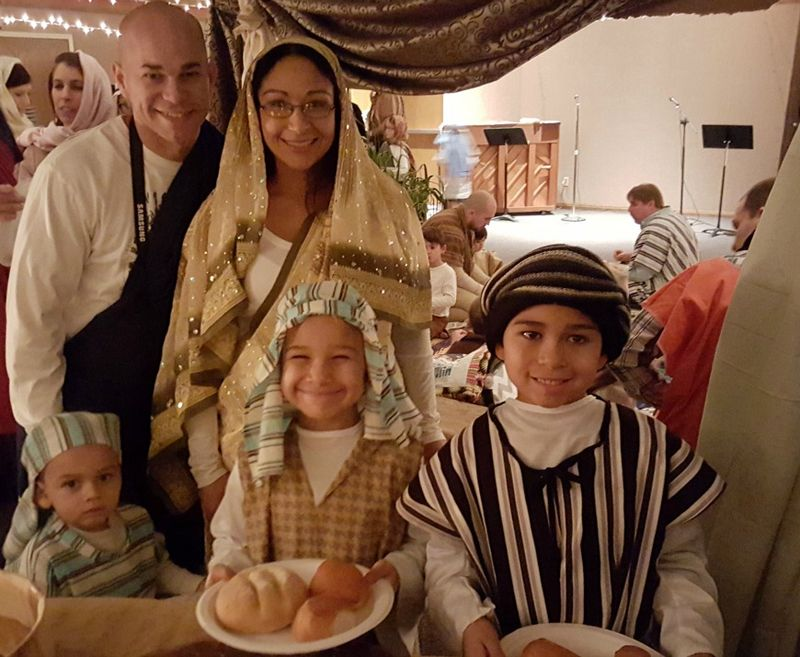 A night in Bethlehem- cute family