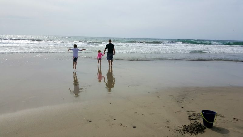 Oceanside reflection kent and kids