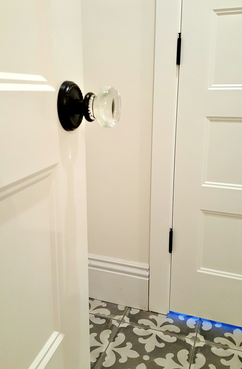 Poppy hill door hardware