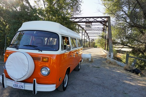 Vwcalifornia dream orange bus