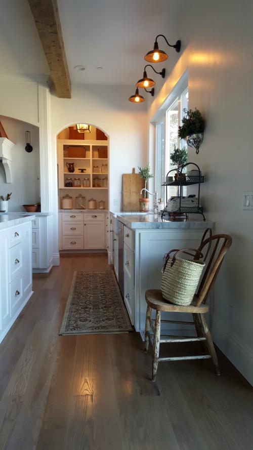 Poppy hill kitchen pantrysink