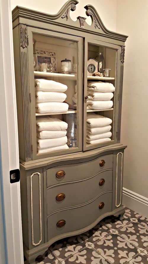 Poppy hill bathroom hutch