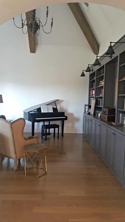 Poppy hill piano